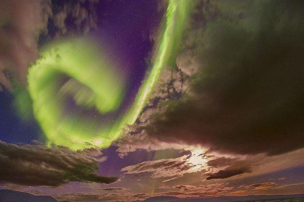 NASAが珍しいオーロラの写真を公開、同時に警鐘を鳴らす