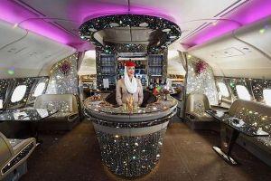 「エミレーツ航空」のラウンジが、ダイヤモンドを散りばめたように変身?