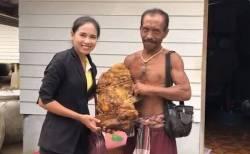 タイの浜辺で幻の香料「竜涎香」を発見、重さ6kgで3000万円相当