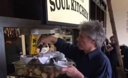 ジョン・ボン・ジョビが大学敷地内に無料レストランを開設、来年オープン