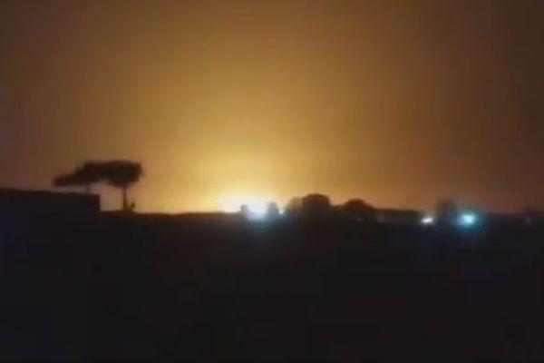 ウクライナ航空機、墜落の瞬間と見られる複数動画、ミサイル残骸の写真も