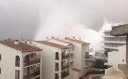 スペインで猛烈な嵐「グロリア」が発生、洪水と暴風で現在までに4人が死亡