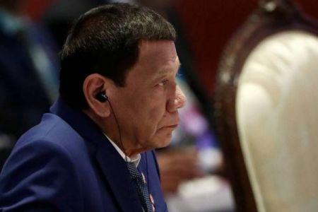 マスクをつけていなかったフィリピンの男性、警官に射殺される