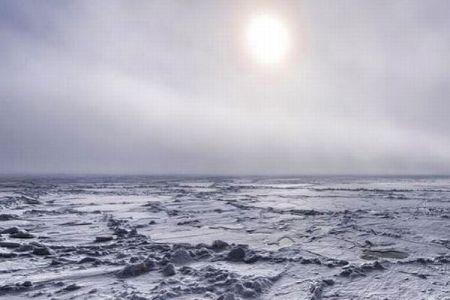 気候変動で北極圏の氷から眠っていた微生物が復活、人類の脅威になる可能性あり