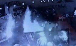 アルゼンチンの屋外レストランで火災、炎に包まれ19歳の女性が死亡