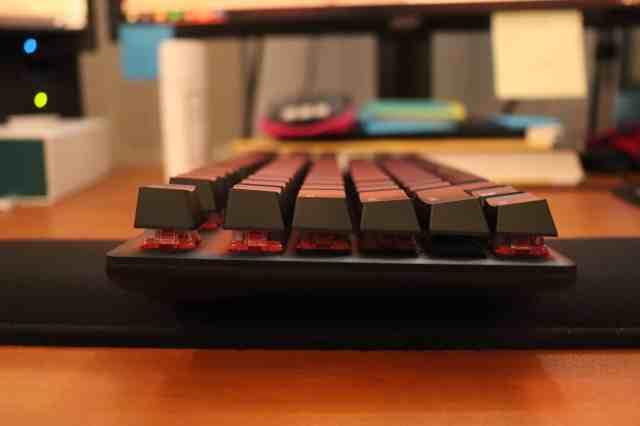 Side profile of HyperX Alloy Origins Core keyboard
