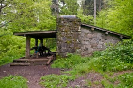pecks-corner-shelter-at-may-22-2012