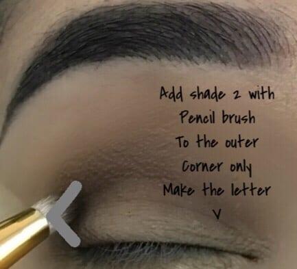 Create Outer V when doing a Smokey eye