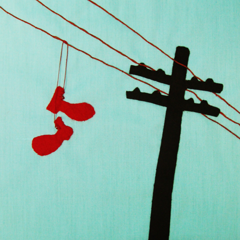 Shoes on a wire-480px