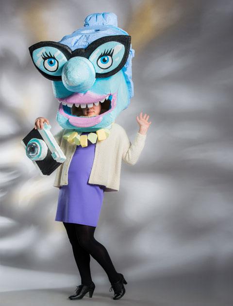 columnist-STRUTT-full-costume-480px
