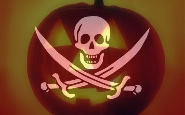 Хэллоуин: слушаем коротковолновых пиратов