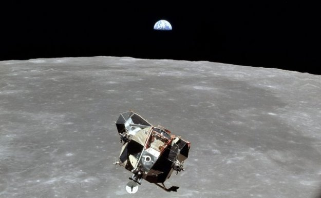 Apollo_11_lunar_module-001