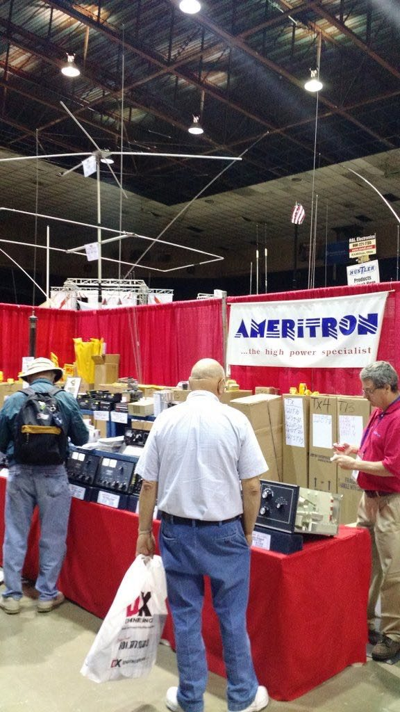 Hamvention-Inside-Exhibits - 46