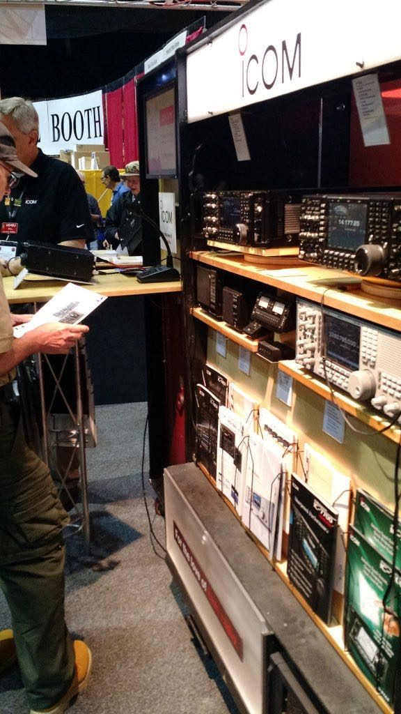 Hamvention-Inside-Exhibits - 50