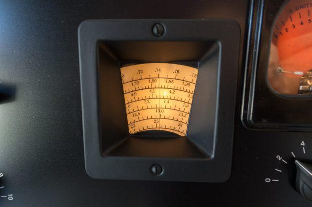 Hammarlund-HQ-120X-DialLight