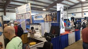 2017 Hamvention Inside Exhibits - 1 of 132 (44)