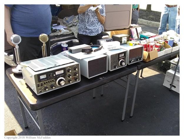 Yaesu FT-101EX transceiver and accessories