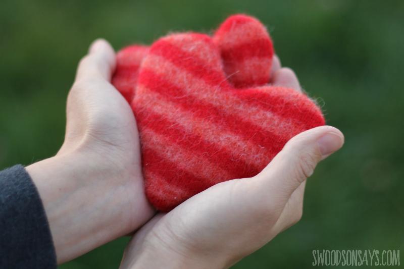 sweater refashion hand warmer