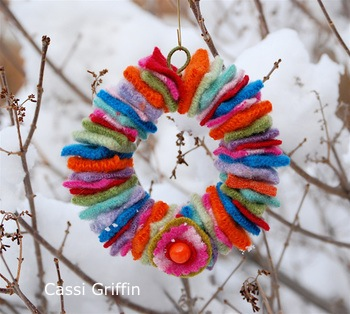 mini-felt-wreath