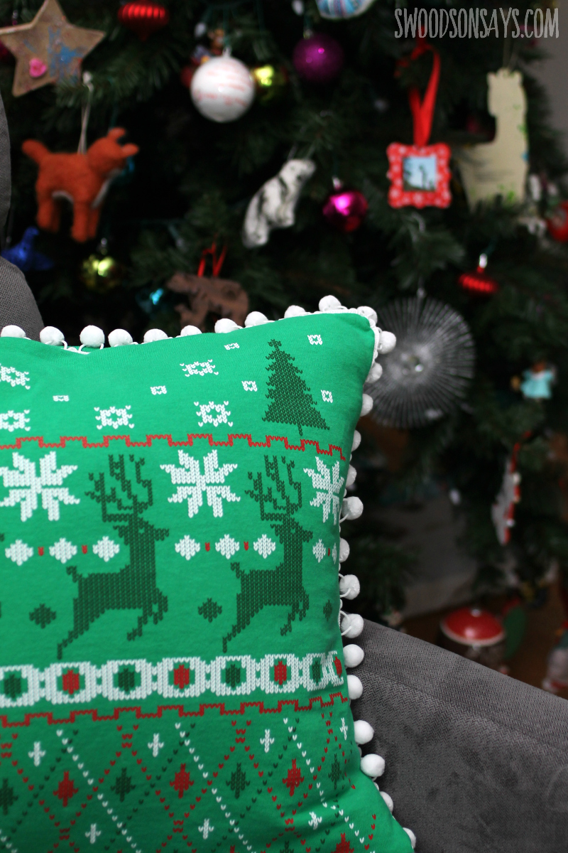 easy christmas pillow sewing tutorial