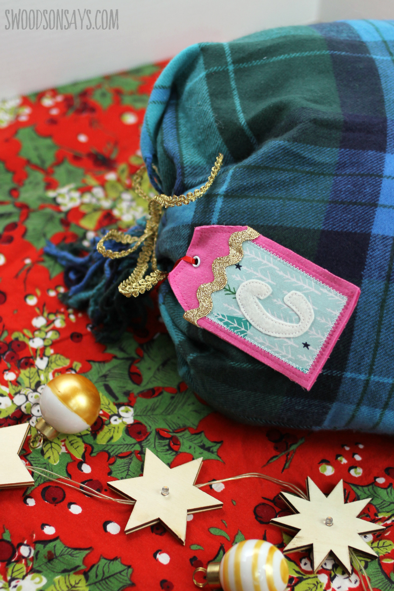 upcycled fabric gift bag tutorial