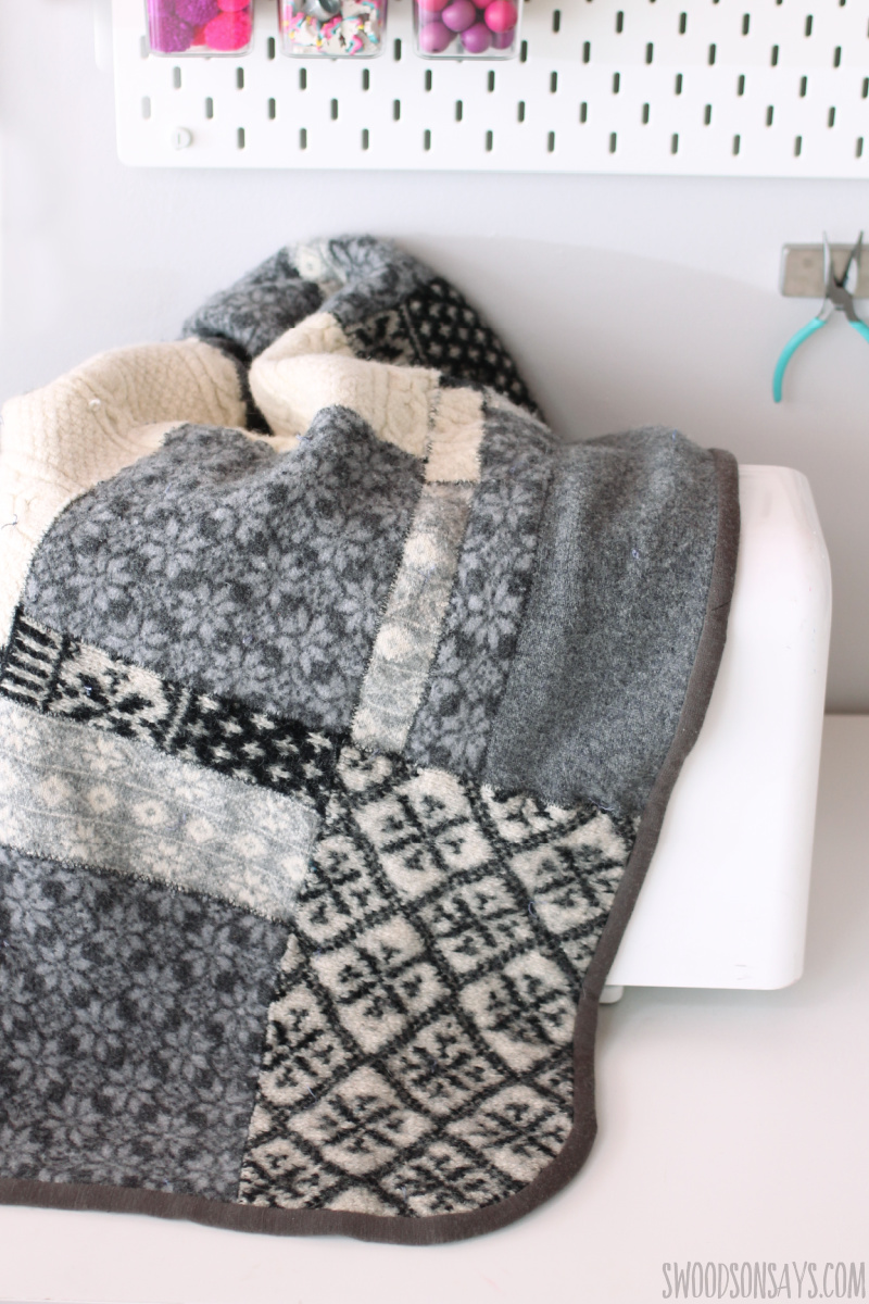 make old sweaters into a quilt