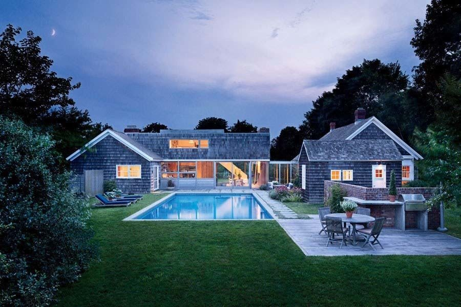 Hamptons-Compound-Christoff-Finio-Architecture-01-1-Kindesign
