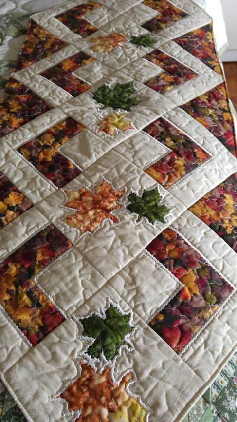 0607 Cilla Collins    Fall table runner