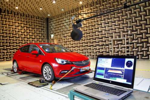 Opel-Astra-Acoustic-Lab-4