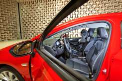 Opel-Astra-Acoustic-Lab-5