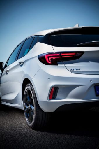2016-opel-astra-opc-line-sport-pack-7