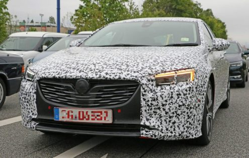 is-this-the-all-new-opel-insignia-opc-vxr-undergoing-testing_1