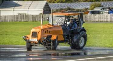Top-Gear-Stig-Track-Tor-World-Record-3