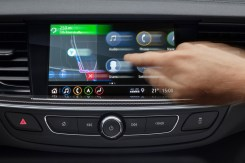 Ergonomic: The tablet-like controls and swipe gestures make the new generation Multimedia Navi Pro infotainment system of the Opel Insignia simple to use.