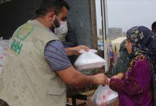 Photo of الإغاثة التركية.. توزع وجبات إفطار على نازحين شمالي سوريا