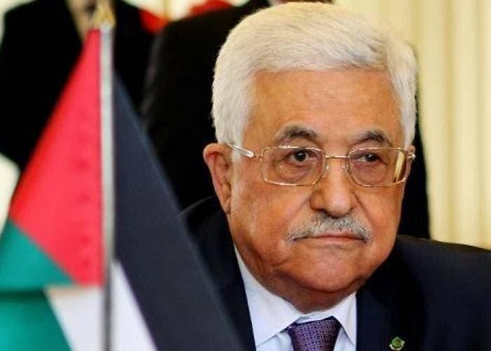 عباس - عباس يصدر مرسوما بإعلان حالة الطوارئ في الأراضي الفلسطينية لمدة شهر.