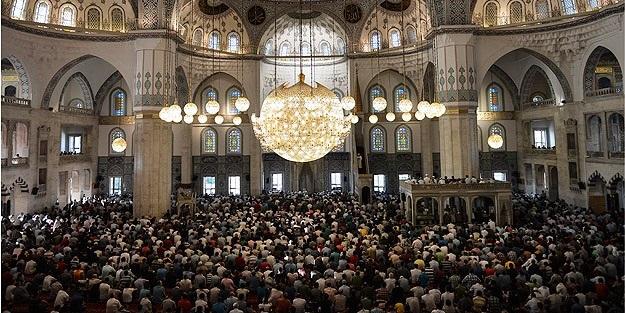 .jpg - تركياإعادة فتح.. الصلاة في المساجد اعتبارا من 29 مايو