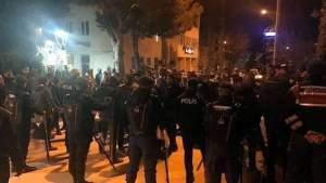 FB IMG 1589738164884 300x169 - اعلام تركي .. شجار عنيف بين سوريين واتراك والسبب طفلة