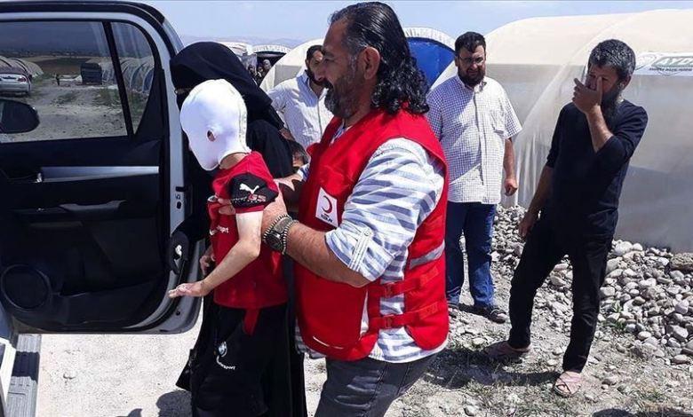 بحروق من ريف حلب الشمالي  - تركيا تجلب طفل سوري من ريف حلب لمعالجة حروقه