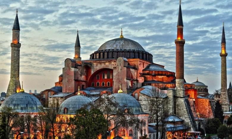 Photo of أيا صوفيا..أردوغان يصدر قراراً بفتح أيا صوفيا لأداء الصلوات