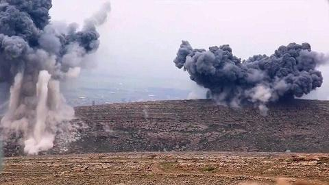 1599543375 8789409 854 481 4 2 - للمرة الرابعة خلال أسبوع.. تفجير رتل إمدادات للتحالف الدولي في العراق