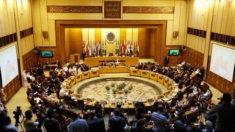 """1599929754 5617555 5589 3147 32 148 - """"قاعة أفراح"""".. حملة افتراضية ساخرة من الجامعة العربية تلقى تفاعلاً واسعاً"""