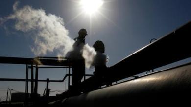 صورة حفتر يبلغ واشنطن التزامه الشخصي إنهاءَ الإغلاق النفطي