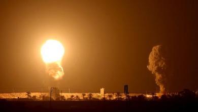 صورة بالتزامن مع اتفاقيتي التطبيع.. الاحتلال يشن غارات على قطاع غزة