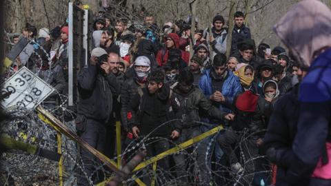 1600890715 6798633 4309 2426 42 156 - المفوضية الأوروبية تقترح اتفاقاً جديداً حول طالبي اللجوء