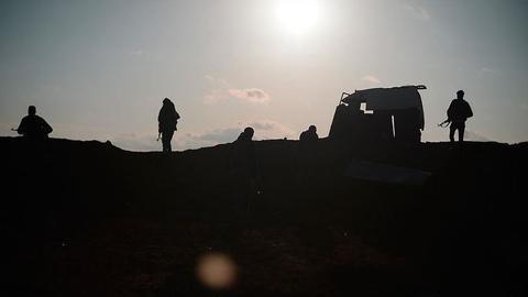 1600958276 8951638 854 481 4 2 - رغم قانون قيصر.. YPG الإرهابي يواصل إمداد النظام السوري بالنفط