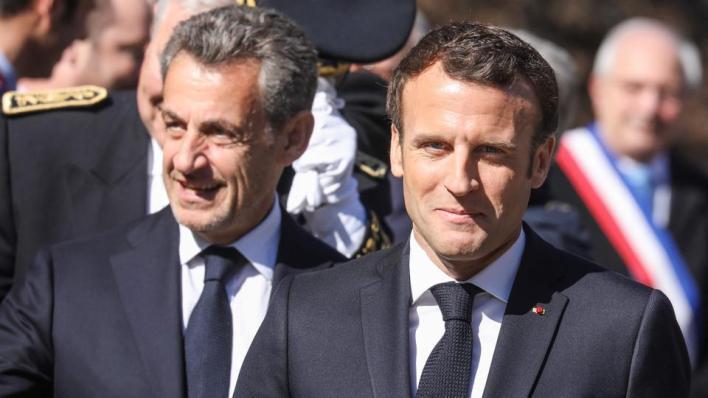أوضحت الصحيفة أن ماكرون التقى مراراً ساركوزي، الذي حذر ماكرون من أن إصلاح نظام التقاعد الذي تسبب في أحداث اجتماعية في البلاد لن يرضي الفرنسيين