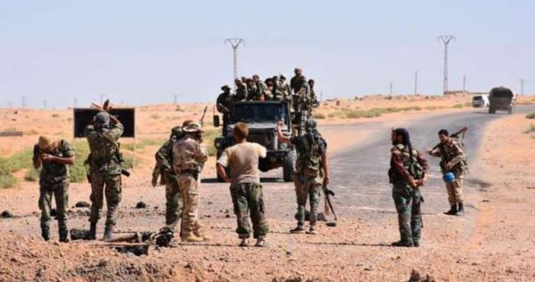 3536222377 - اشتباكات مسلحة بين ميليشيات الأسد في دير الزور