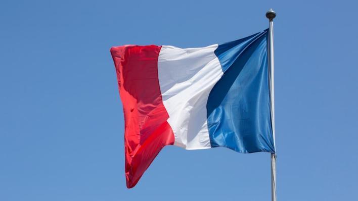 فرنسا ترفض استقبال سفينة إنقاذ على متنها 125 مهاجراً غير نظامي
