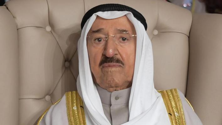 أمير الكويت صباح الأحمد الصباح (91 عاماً) لا يزال يتلقى العلاج في الولايات المتحدة الأمريكية منذ يوليو/تموز الماضي
